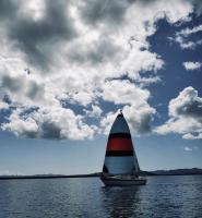 Ana-Steven-sailing-in-to-Marina-Bay-Photo-Tradewinds-2
