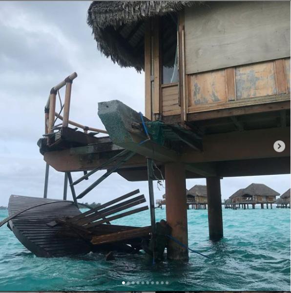 Bora Bora Pearly Beach Resort Bungalow