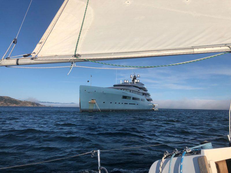 Motoryacht Aviva on the Bay