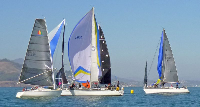 GGYC race start with spinnakers