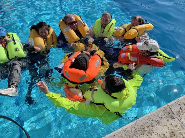huddle in pool