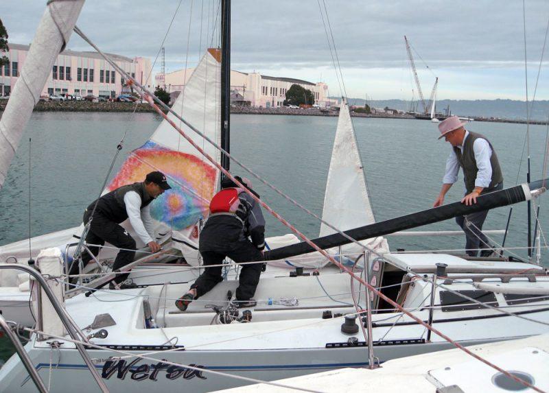 Wabbit rafts up to an Express 27