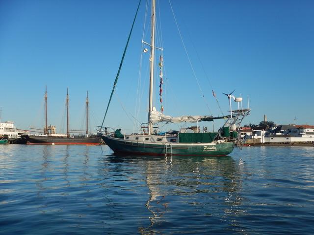 Pamela anchored in Aquatic Cove