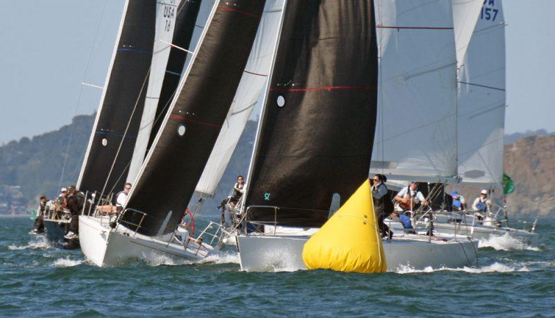 J/105s at the windward mark