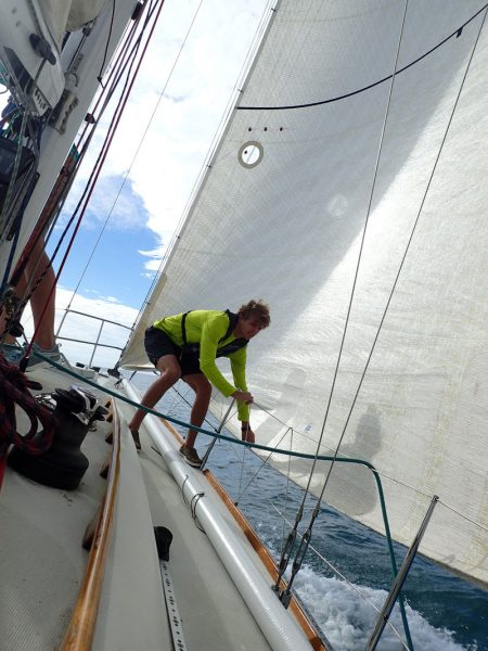 skirting the genoa