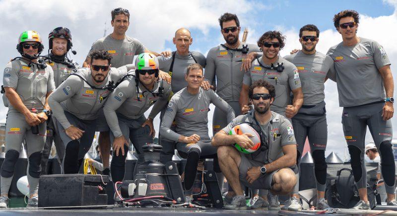 Luna Rossa team