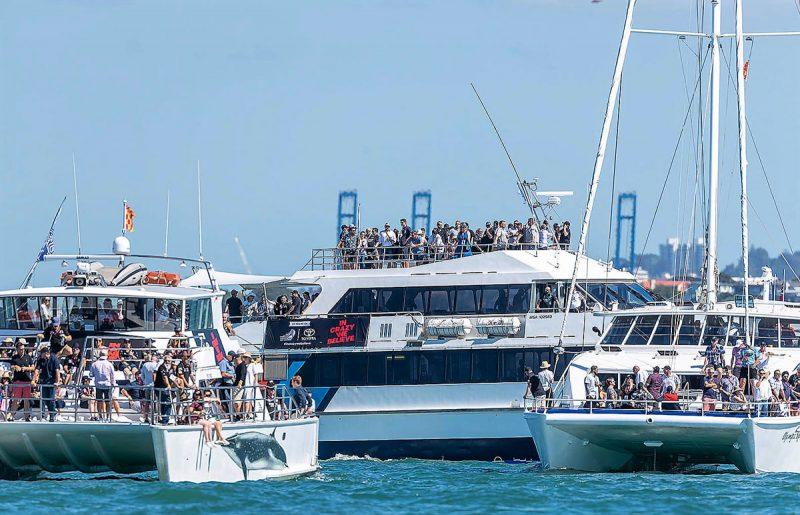 Spectator boats