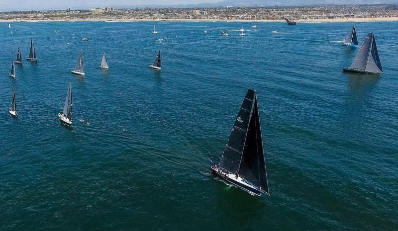 Fleet start off Newport Beach