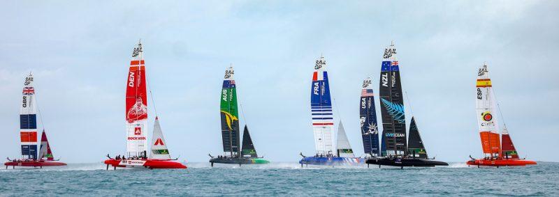 The fleet lines up