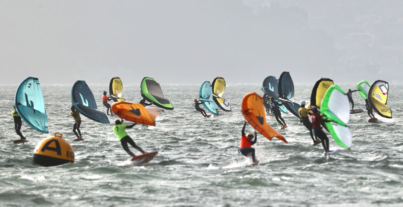 Wing sailor fleet racing